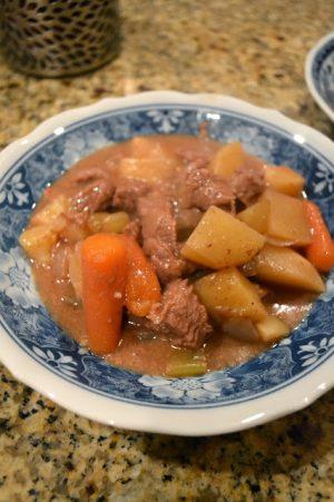 crockpot beef stew misscrystal