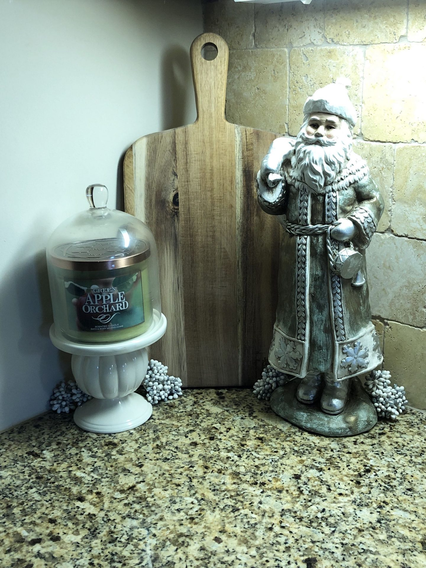 Santa kitchen decor