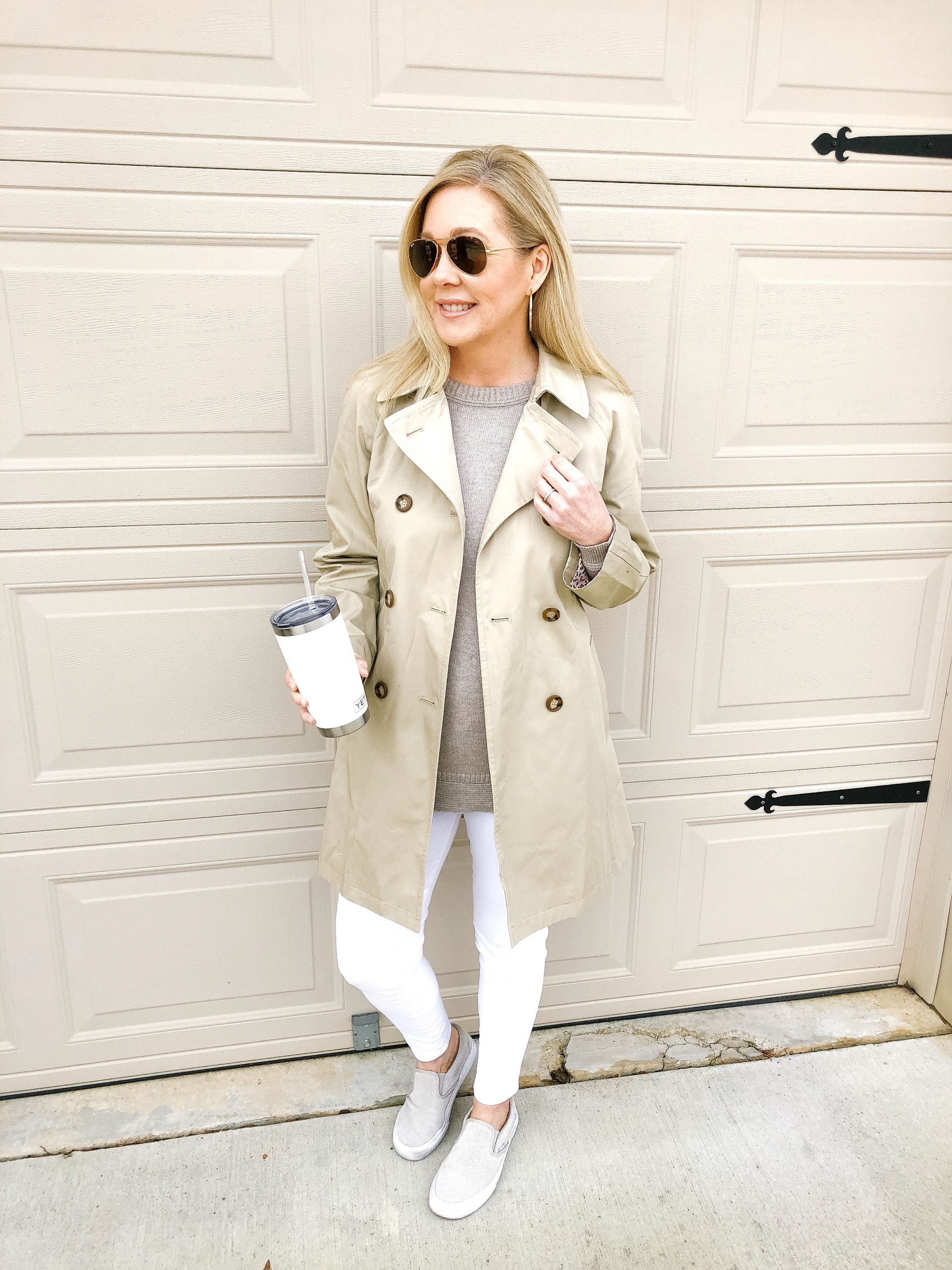 classic trench coat with white jeans misscrystalblog